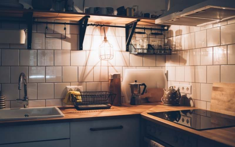 howto light a kitchen